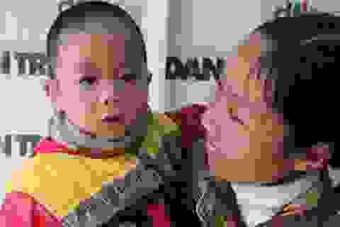 Cái tết ấm áp của hai mẹ con bé Đăng Vương