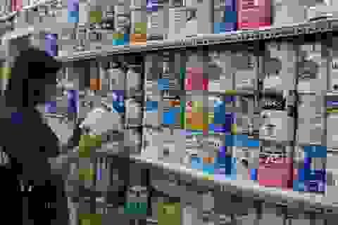 """Đủ chiêu lách luật kiếm lợi, sữa """"cười khẩy"""" với giá trần?"""