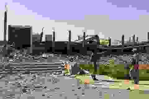 """Lăng mộ Saddam Hussein bị """"san phẳng"""" vì chiến sự ở Tikrit"""