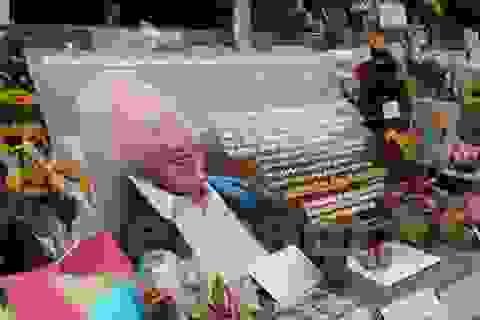 Sức khỏe ông Lý Quang Diệu xấu đi, người dân Singapore lo lắng