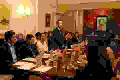 Trí thức người Việt tại Anh muốn góp phần xây dựng đất nước