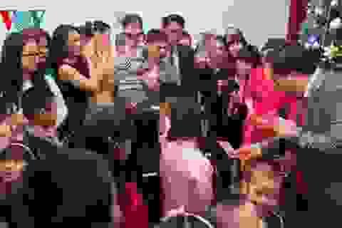Cán bộ, nhân viên Đại sứ quán Việt Nam tại Nga mừng Xuân mới Ất Mùi