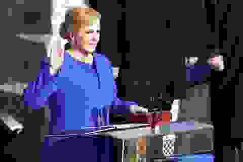 Nữ Tổng thống đầu tiên của Croatia tuyên thệ nhậm chức