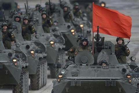 """Nga """"khoe"""" giàn vũ khí khủng trong Ngày Chiến thắng"""