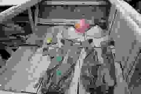 Vụ lật thuyền 6 người chết: Thuyền rách, áo lành gây cảnh tang thương
