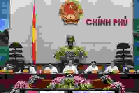 Thủ tướng: Doanh nghiệp khốn khổ vì phải mang cả bao tải tiền đi nộp thuế