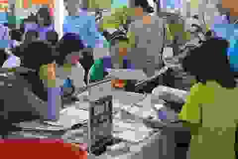 Khách đông, ban tổ chức VITM 2015 quyết định kéo dài thời gian mở cửa