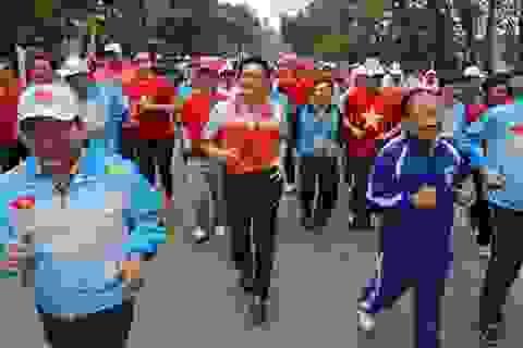 Bộ trưởng kêu gọi toàn dân tập luyện thể dục thể thao hàng ngày