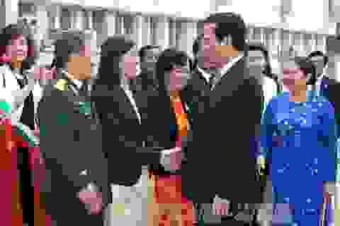 Thủ tướng Nguyễn Tấn Dũng kết thúc tốt đẹp chuyến thăm Bulgaria