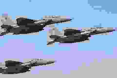 Arập Xêút ngừng chiến dịch không kích tại Yemen