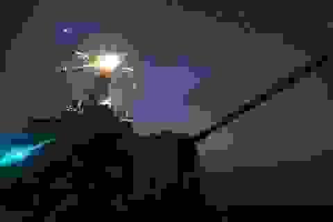 """Máy bay Nga """"giỡn mặt"""" tàu chiến Mỹ ở Biển Đen"""