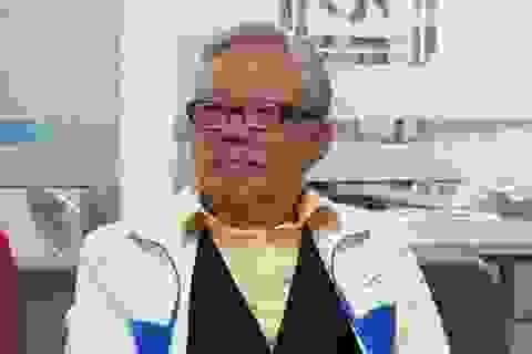 Cụ ông 81 tuổi đăng ký thi cao học