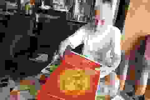 Cụ ông 102 tuổi vẫn hàng ngày ghi và học từng lời Bác Hồ