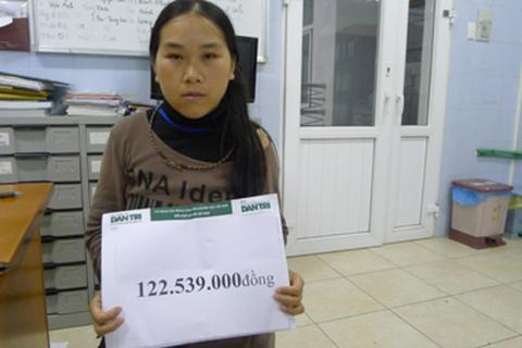 Hơn 120 triệu đồng đến với em bé dân tộc Giàng Hồng Sơn