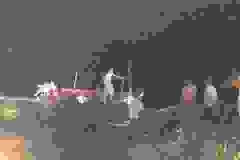 Ra sông chụp ảnh, nữ sinh chết đuối thương tâm