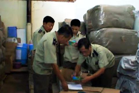 TP.HCM: Thu giữ gần 160 tấn hàng giả, hàng lậu