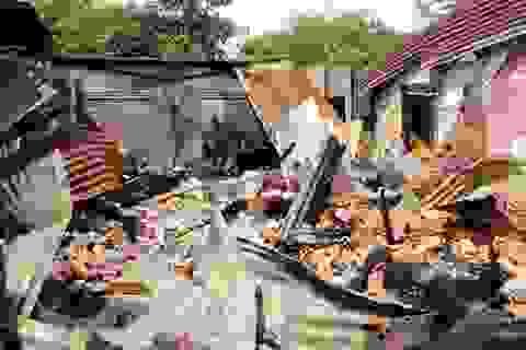 Châm lửa đốt nhà vì bị ngăn cản lấy vợ
