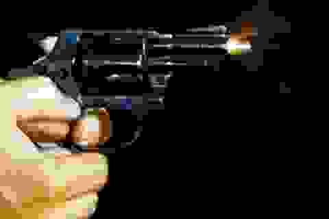 Nổ súng cướp tiền táo tợn trong cây xăng