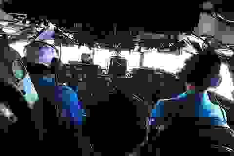 Hình ảnh trực thăng cứu hộ tìm kiếm máy bay Malaysia mất tích