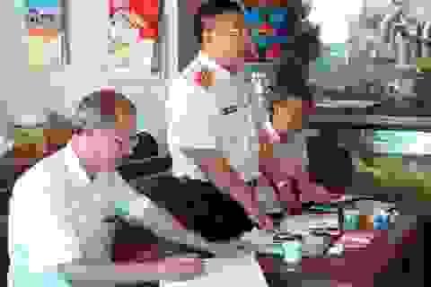 Yêu cầu di dời 6 tấm bia đá lạ dựng tại đền Trần ở Thái Bình