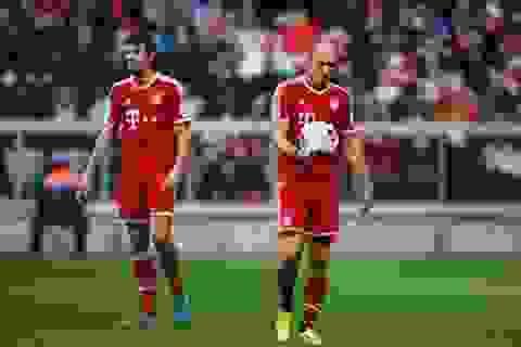 """Robben nổi cáu vì quyết định """"điên rồ"""" của Guardiola"""