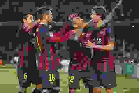Barcelona cân bằng kỉ lục của MU, Real Madrid