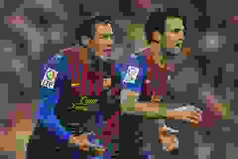 Barca cải tổ: Nguyên một đội hình sẽ ra đi
