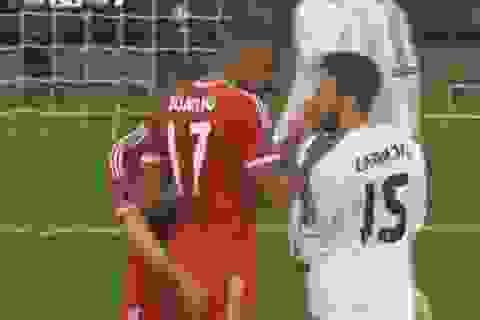Thi đấu nhạt nhòa, Ribery tát hậu vệ Real Madrid