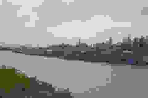 Cứu sống 11 thuyền viên trên hai chiếc tàu bị chìm