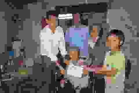 Hơn 39 triệu đến với cụ bà bại liệt và những đứa trẻ mồ côi