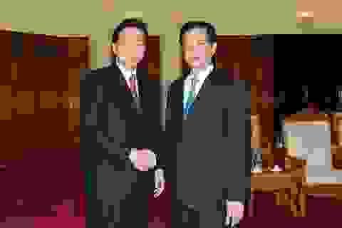 Thủ tướng Nguyễn Tấn Dũng tiếp nguyên Thủ tướng Nhật Bản Hatoyama Yukio