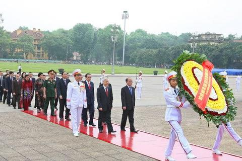 Lãnh đạo Đảng, Nhà nước vào Lăng viếng Chủ tịch Hồ Chí Minh
