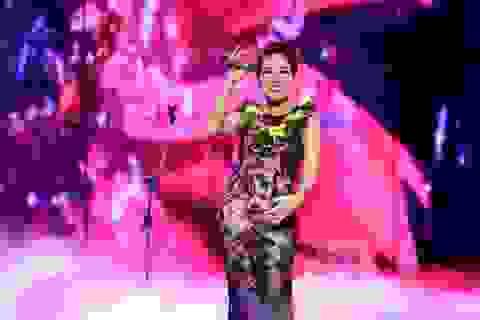 Uyên Linh được nhiều khán giả yêu thích nhất năm 2014