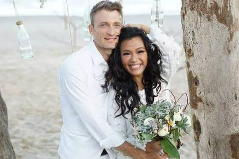 Phương Vy bí mật kết hôn