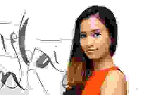 Ái Phương tươi tắn ra mắt dự án của nhạc sĩ Quốc Bảo