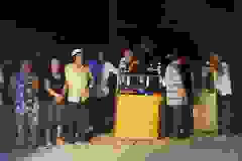 Chợ Nong cũ cháy lớn trong đêm, tiểu thương trào nước mắt