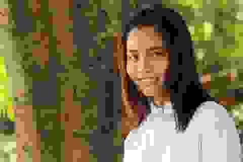 Nghị lực của cô sinh viên báo chí đạt nhiều giải thưởng văn học