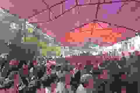 Hàng nghìn người tham dự phiên tòa gây chấn động vùng quê