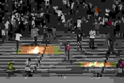 Drogba và các ngôi sao Premier League bị tấn công ở Senegal
