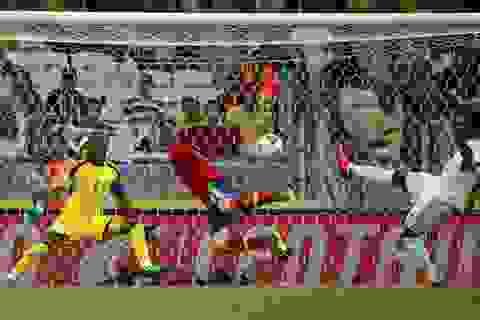 Torres lập công, Tây Ban Nha toàn thắng vòng bảng