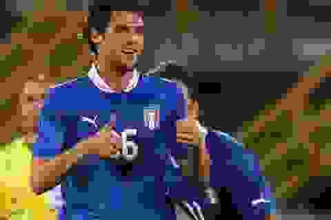 Pirlo lập siêu phẩm, Italia thắng lớn tại Bologna