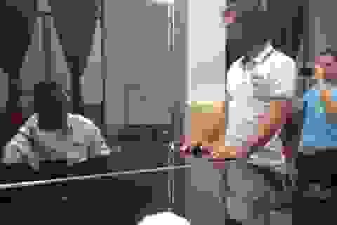 Balotelli thể hiện khả năng chơi piano