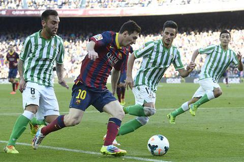 Messi lập cú đúp, Barcelona đả bại Real Betis
