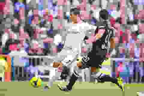 Real Madrid và chuyến đi bão táp đến Anoeta