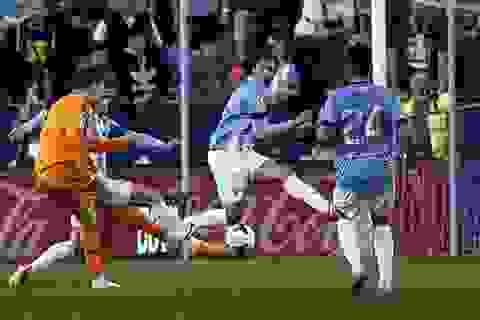 """C. Ronaldo tỏa sáng giúp Real Madrid """"vượt ải"""" Malaga"""
