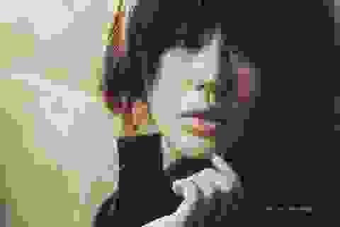 """Yoon Eun Hye """"biến hóa"""" với màu đen"""