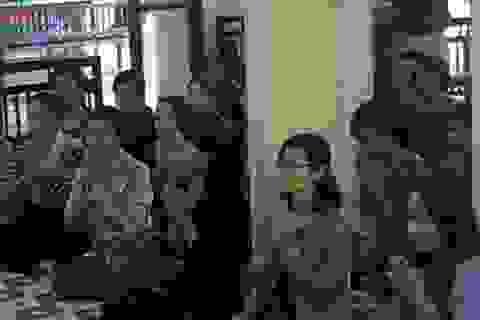 Lễ cúng 49 ngày bé Nhân Ái tại chùa Tứ Kỳ