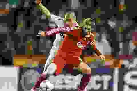 Torres chế giễu trung vệ thép của Real Madrid
