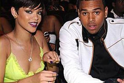 Chris Brown hối hận vì vụ hành hung bạn gái