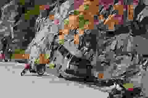 Xe đi lễ hội Yên Tử đâm vào vách núi